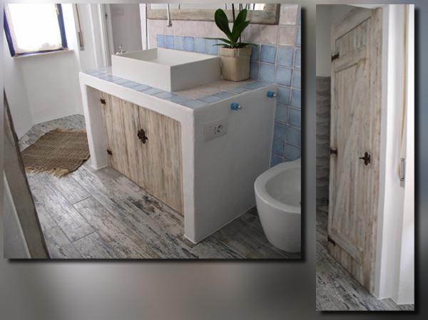 Gonaria - Arredi per bagno in abete invecchiato