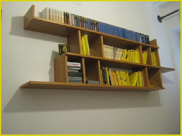 Float - Libreria in legno di castagno