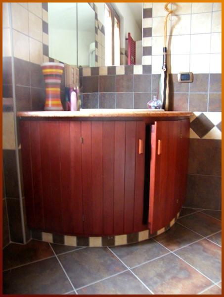 Emicicle - Undersink in chestnut
