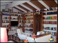 FullSpace - Library in cherry wood